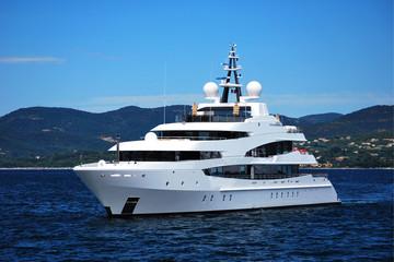 Saint Tropez - Luxury Yacht
