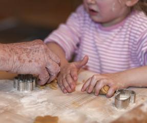 Hände alt und jung