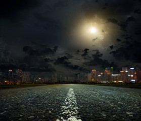 Poster Full moon The road to the city