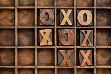 tic-tac-toe or noughts and crosses