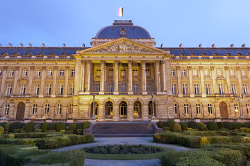 Foto op Canvas Brussel Brussels - The Royal Palace in evening in Belgium.