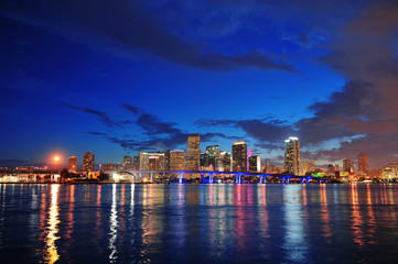 Fototapete - Miami night scene