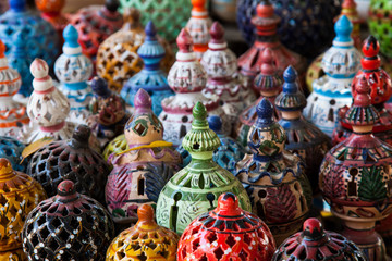 In de dag Tunesië Tunisian Lamps at the Market in Djerba Tunisia