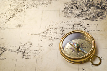 Wall Mural - old compass and rope on vintage map 1732