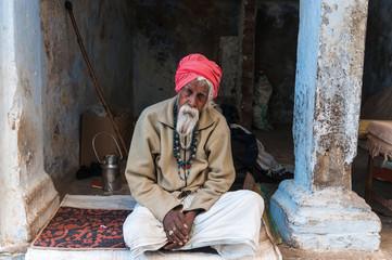 Alter Inder mit rotem Turban, Pushkar, Rajastan, Indien