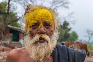 Alter indischer Mann mit Vollbart, Orchha, Rajasthan, Indien