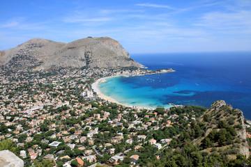 La pose en embrasure Palerme Mondello bay - Sicilia - Italy