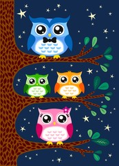 family owl portrait