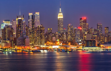 Canvas Prints New York Manhattan at night