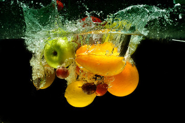 Printed roller blinds Splashing water Fruit and vegetables splash into water