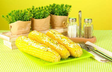 boiled corn with butter and spices
