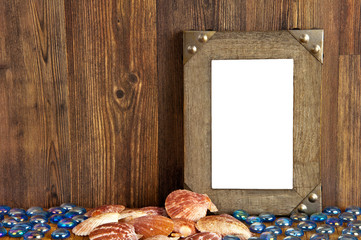 Blank frame with maritime souvenirs - for vacation pictures