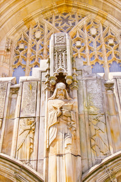 Yale University Sterling Memorial Library Facade Statue Ancient