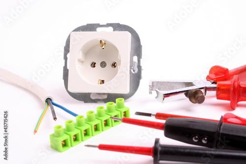 werkzeug f r elektriker stockfotos und lizenzfreie bilder auf bild 43715426. Black Bedroom Furniture Sets. Home Design Ideas