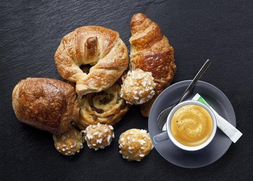 Croissant Café