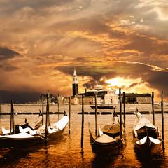 zachód słońca w Wenecji