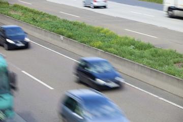 Verkehr  fahrende Autos