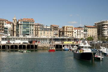 Puerto de Donosti.