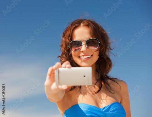 фото девушки снимающие себя на телефон