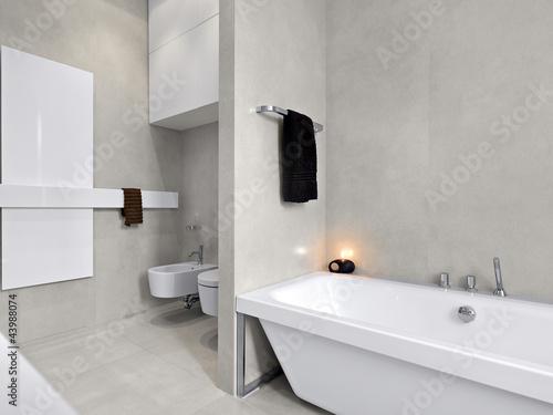 """""""bagno moderno con vasca da bagno"""" Immagini e Fotografie Royalty Free su Fotolia.com - File 43988074"""