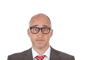 lustiger mann mit brille