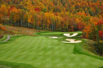 Fototapeten Golf Autumn Mountain Golf Course