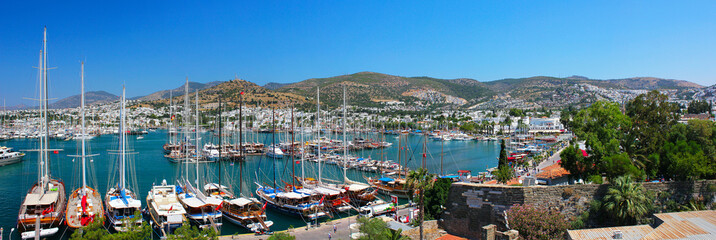 Poster Turquie Panorama of the waterfront city of Bodrum in Turkey.