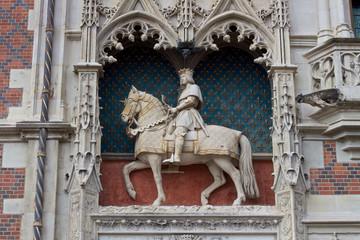 Statua equestre di Luigi XII
