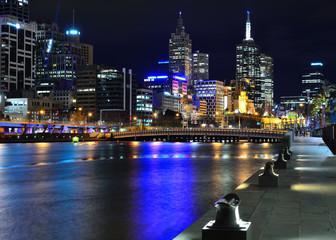 Melbourne mit Skyline und Yarra River