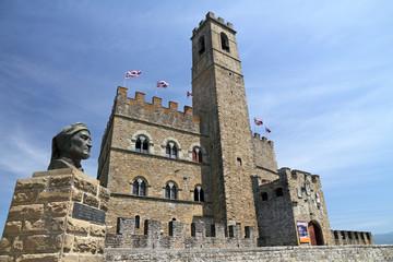 monument of Dante and Castello dei Conti Guidi in Poppi
