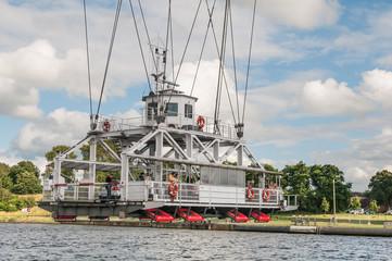 Historische Schwebefähre über den Nord-Ostsee-Kanal