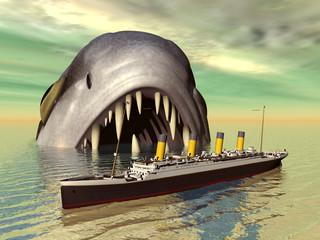 Grosser Fisch mit Ozeandampfer
