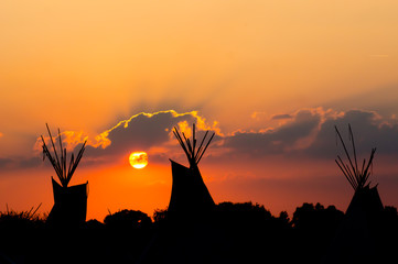 Printed kitchen splashbacks Indians Tipi zum Sonnenuntergang
