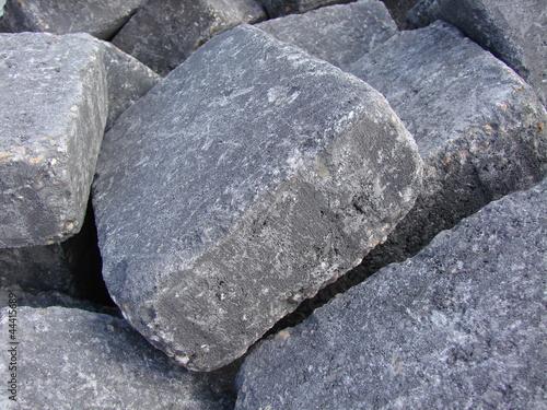gro e graue eckige steine stockfotos und lizenzfreie bilder auf bild 44415689. Black Bedroom Furniture Sets. Home Design Ideas