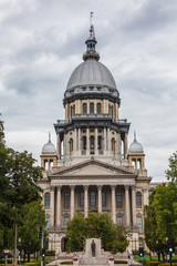 Wall Mural - Illinois State House and Capitol Building in Springfield, IL