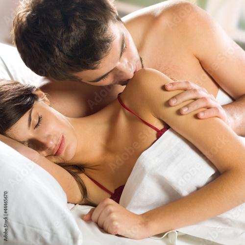 Смотреть фото любовь в постели