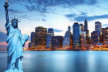Fotomurales - Manhattan et statue de la Liberté, New York.
