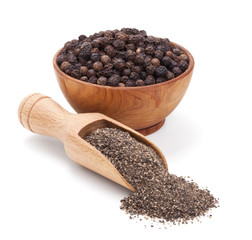 Wall Murals Spices milled black pepper isolated on white