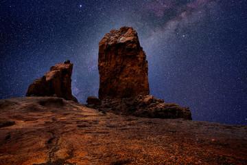 Gran canaria roque nublo in night stars light