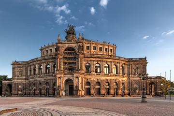 Foto op Aluminium Theater Saxon State Opera in Dresden