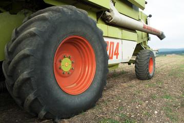 Reifen Mähdrescher Erntemaschine
