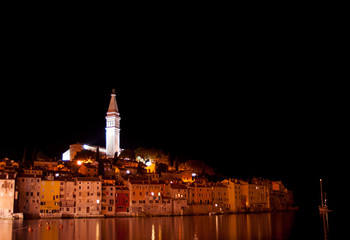 Fototapete - Rovinj Croatia at night