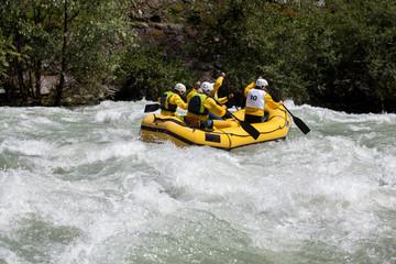 Fototapete - rafting giallo