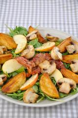 Salat mit Champignons