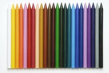 Lapices de colores plásticos, material escolar