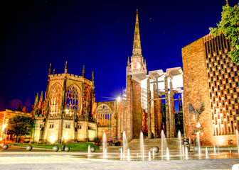 Keuken foto achterwand Wenen Cathedral at night Coventry