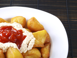 Patatas Bravas – Hot spicy fried potatoes