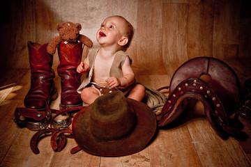 bébé joyeux - bébé cow boy