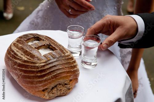 hochzeit salz und brot salt and bred wedding schnapps. Black Bedroom Furniture Sets. Home Design Ideas