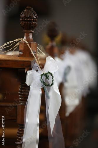 Dekoration kirche hochzeit stockfotos und lizenzfreie for Dekoration hochzeit kirche